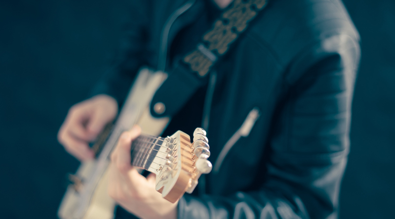 11 YouTube Guitar Tutors You Should Subscribe To